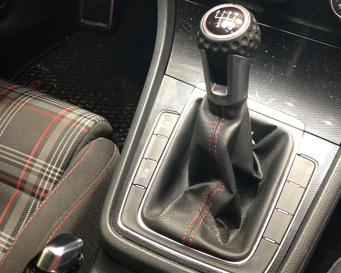 How To Install Agency Power Weighted Shift Knob | VW GTi